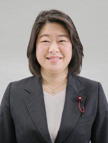 成瀬 穫美議員顔写真